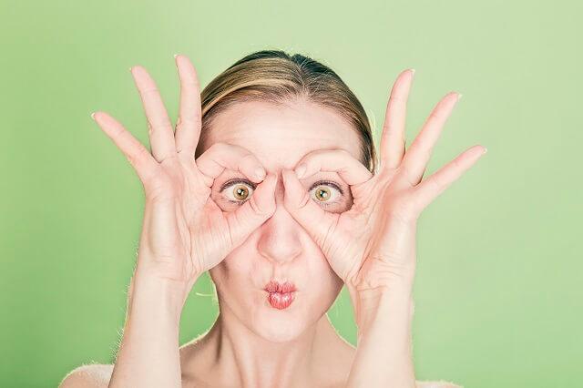 目と耳でも利き脳診断!?利き目や利き耳から分かる脳のタイプ