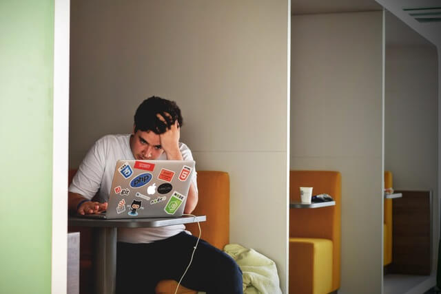 感情を抑制する方法 会社・仕事関係の場合