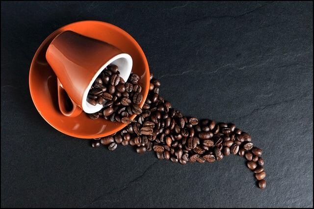 珈琲の豆を煎る香ばしい良い匂い