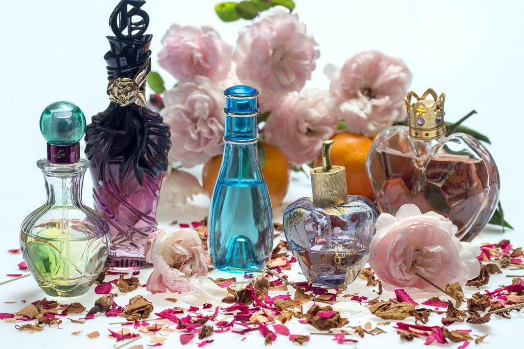 ふわっと香るいい匂いで女性客ファンを増やせ!香りの心理効果活用術
